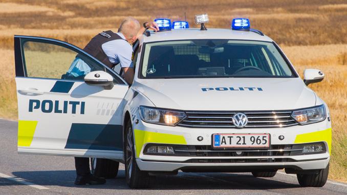 politi—patruljevogn-14