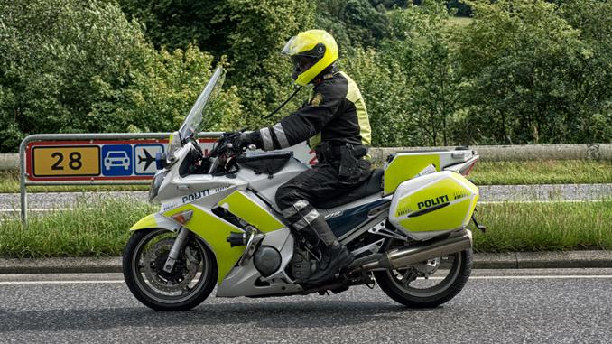 politi—motorcykel-06