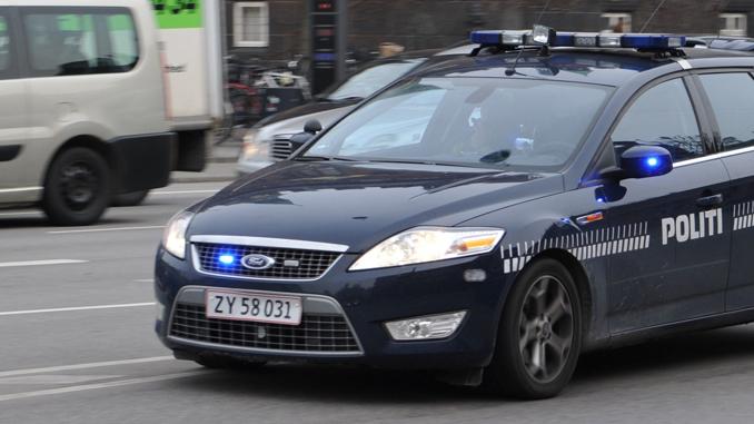 politi—patruljevogn-16